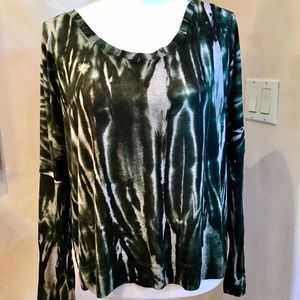 Michael Stars forest green patterned top
